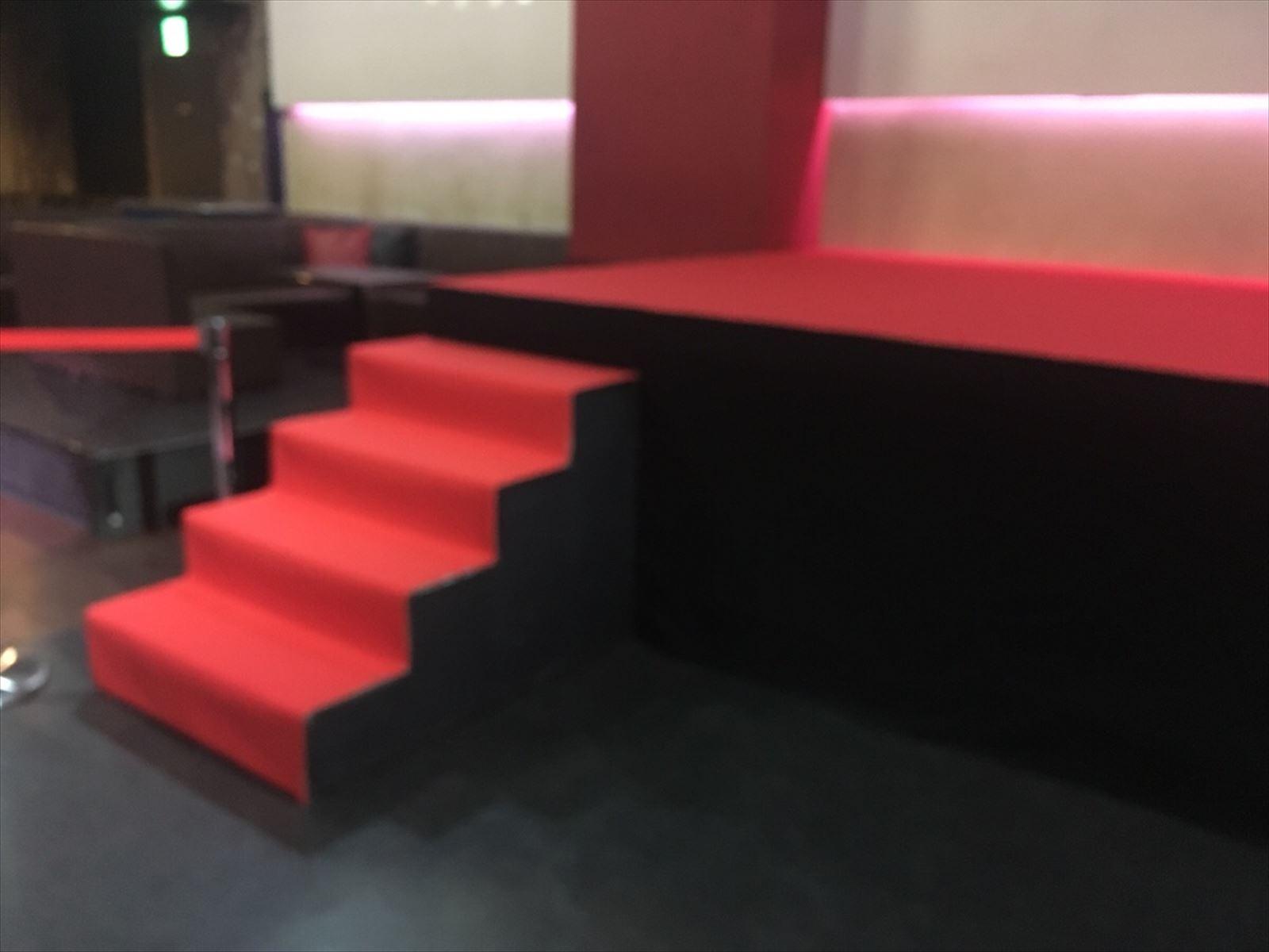 1mステップ階段なら神奈川イベント会社