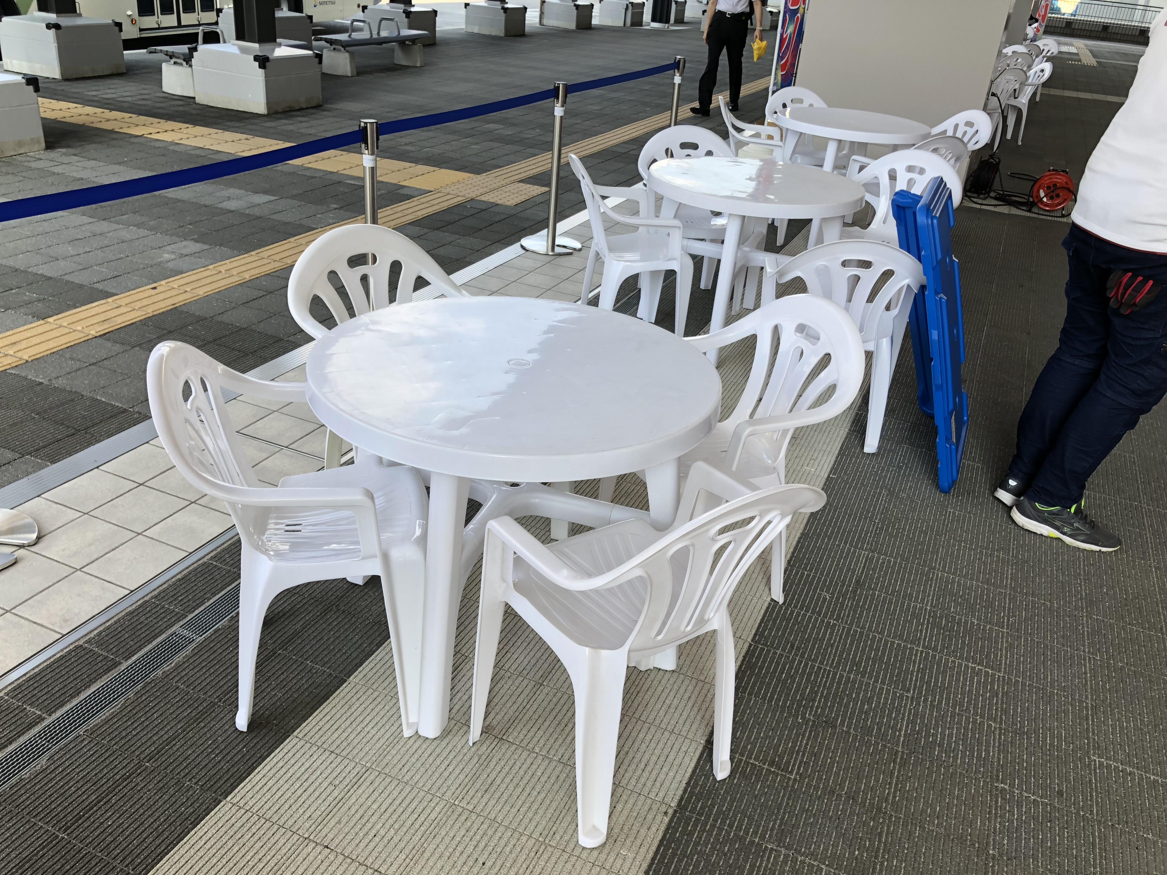 お問い合わせが増えてきている樹脂ガーデンテーブルなら神奈川イベント会社