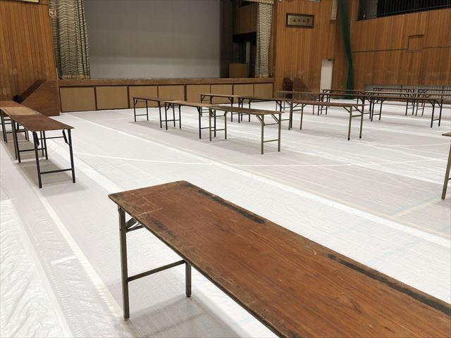 大活躍なベニヤテーブルなら神奈川イベント会社
