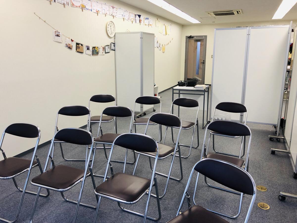 パイプ椅子・パネルのレンタルなら神奈川イベント会社!