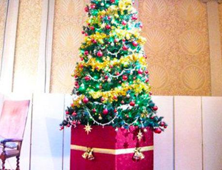 大型クリスマスツリーならイベント21神奈川支店!